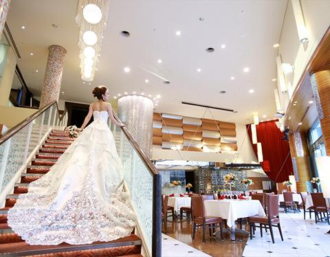 WOLFGANG PUCK restaurant & cafe 愛知文化センター