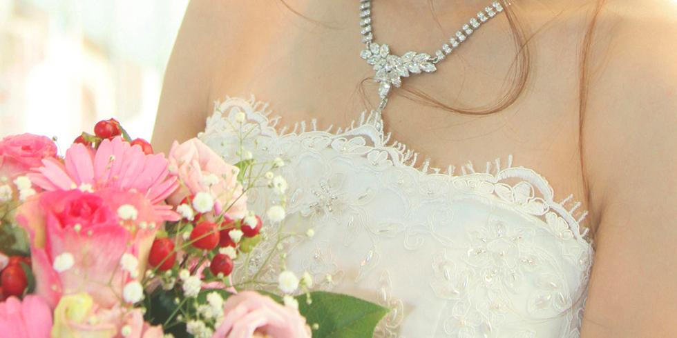 結婚式二次会で新婦にお勧めのドレスは!?