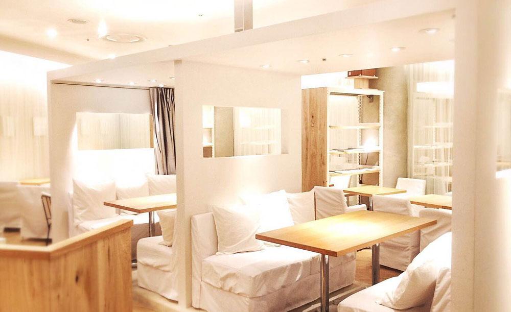 24/7 café apartment 有楽町