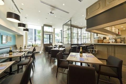 GRAHM'S CAFE −Los Angeles−
