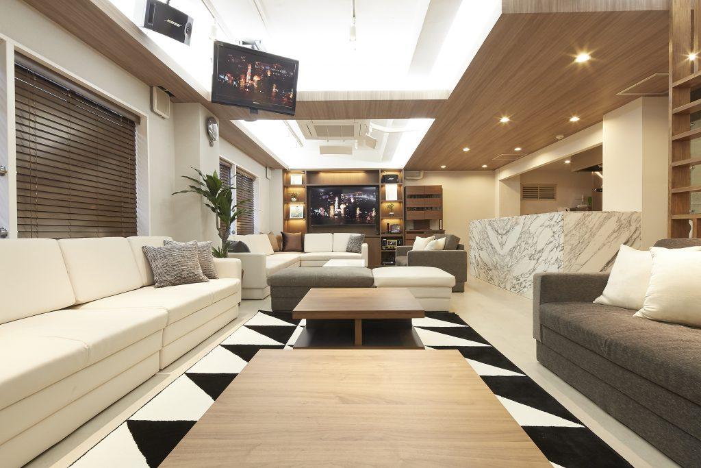 Lounge-R Premium