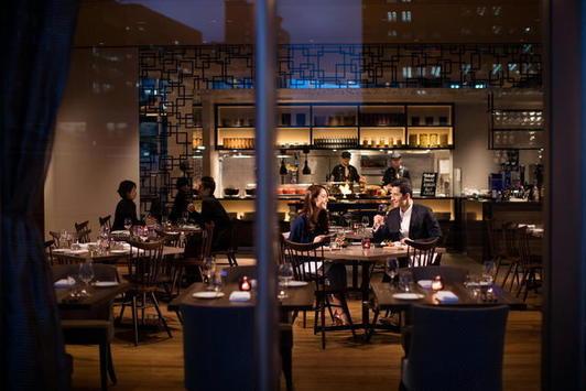 DINING&BAR LAVAROCK 新大阪
